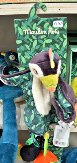 Dans la jungle doudou toucan