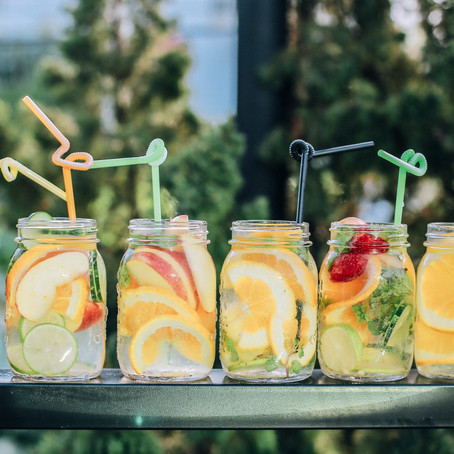 How to Build The Perfect Drinks Bar For Your Summer Party