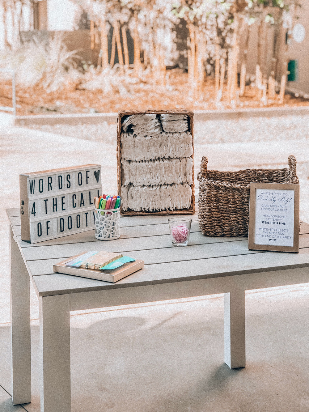 Neutral baby shower decor and games