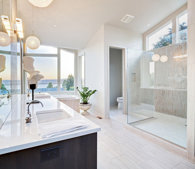 Beautiful Large Bathroom in Luxury Home.