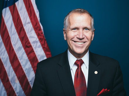 Tillis Co-Sponsors Bill To Expand Research Into CBD's Medical Benefits