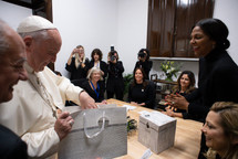 Kim Simplis Barrow - Visit Pope Francis