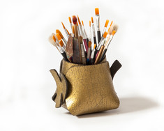 boodo wool leather penholder gold2.jpg
