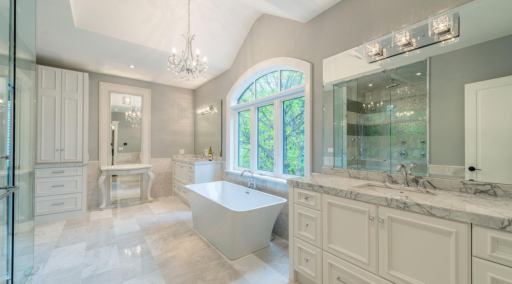 laurentide-bathroomjpg-1531930109633.jpg