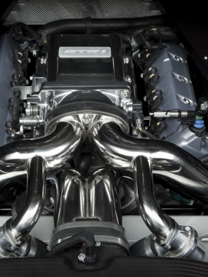 Ford GTR1 Engine