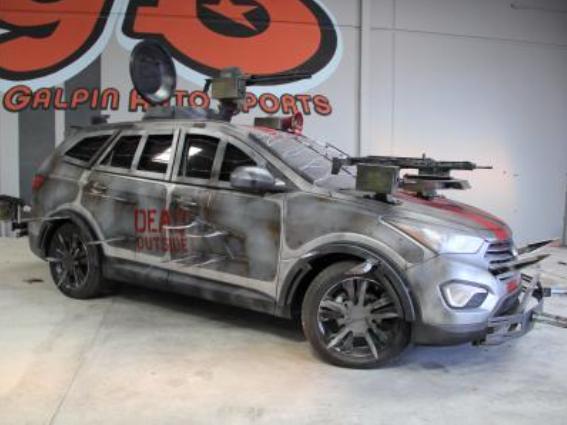 Hyundai Santa Fe Zomby Survival Machine