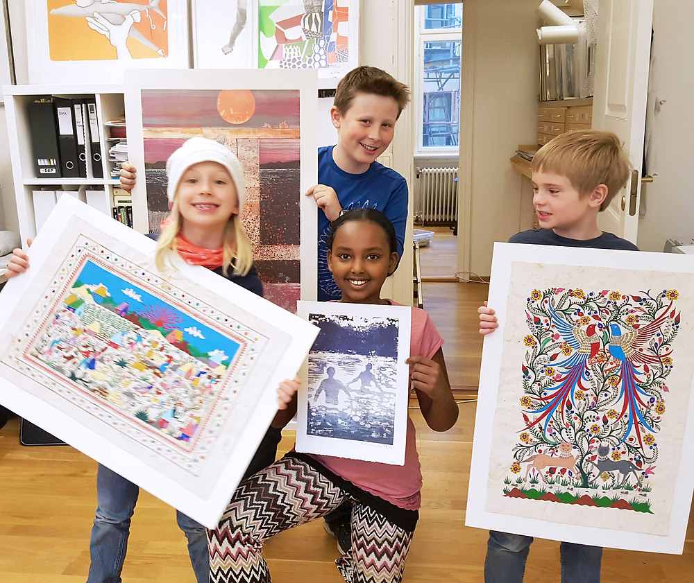 Elever fra Ila skoles elevråd velger kunst