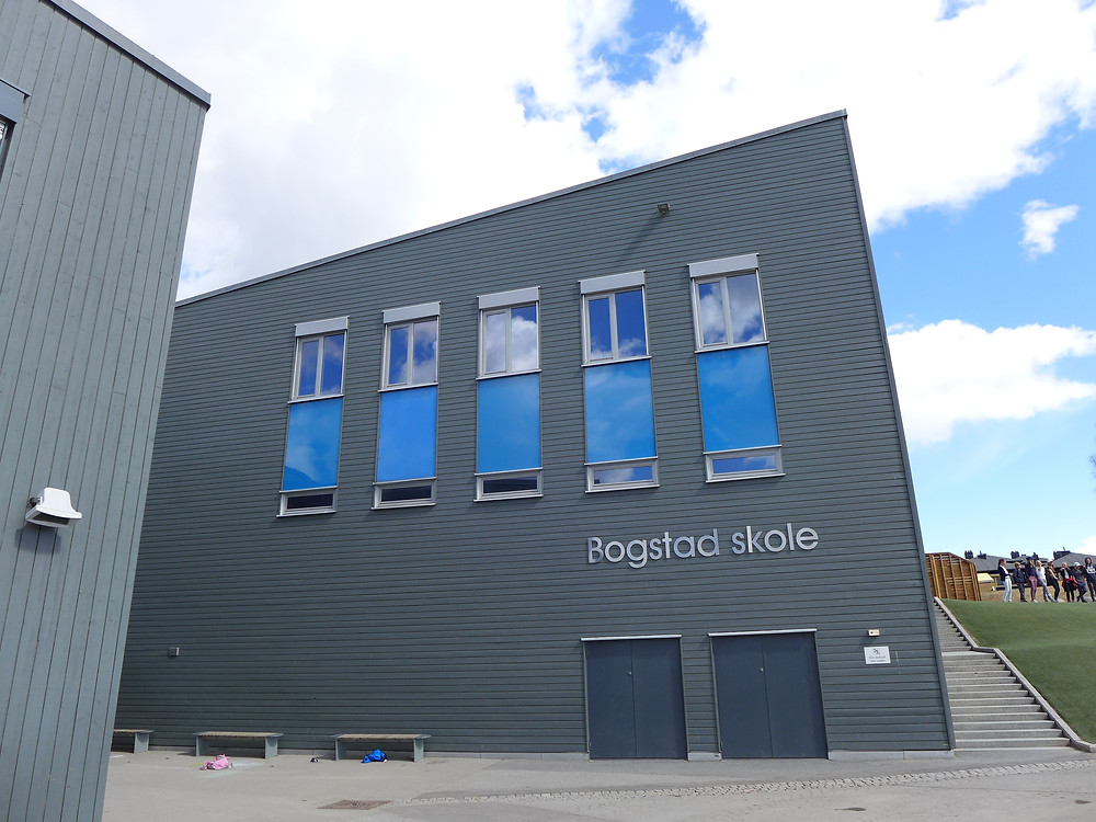 Bogstad skole i Oslo. Foto: Kunst i Skolen