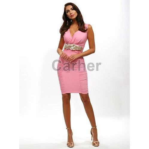 Vestido rosa drapeado con cinturón