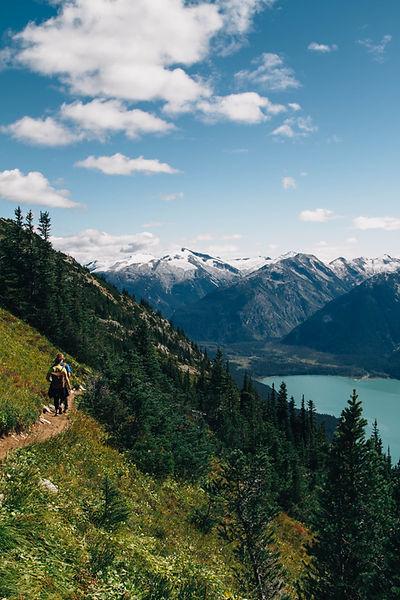 自然にハイキング