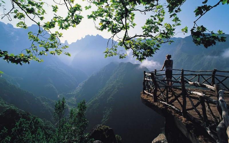 beautiful_viewpoint_1