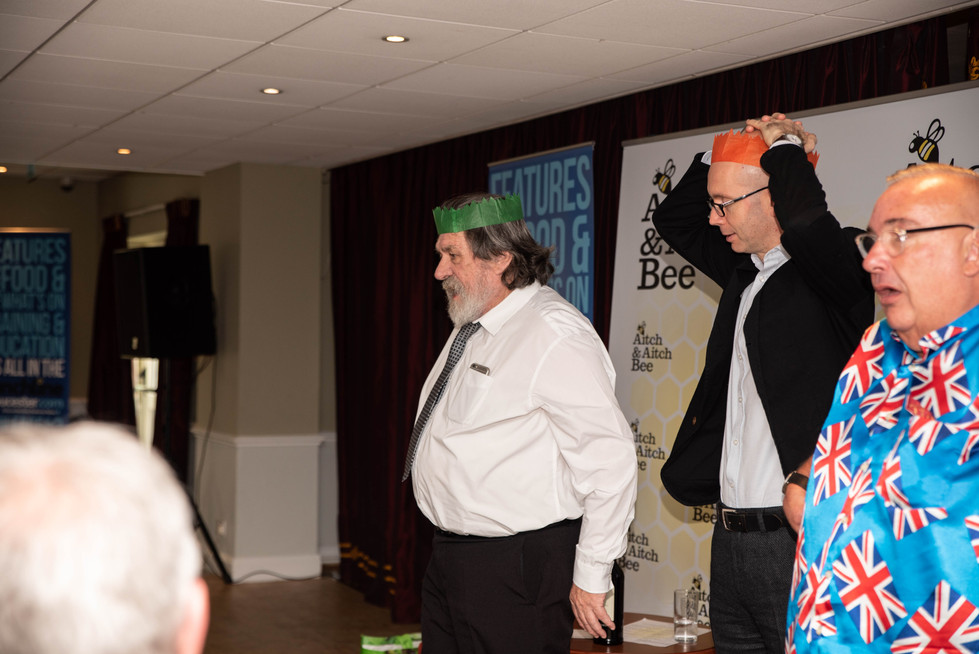 aitch-and-aitch-bee-a-right-royle-christmas-with-ricky-tomlinson115.jpg