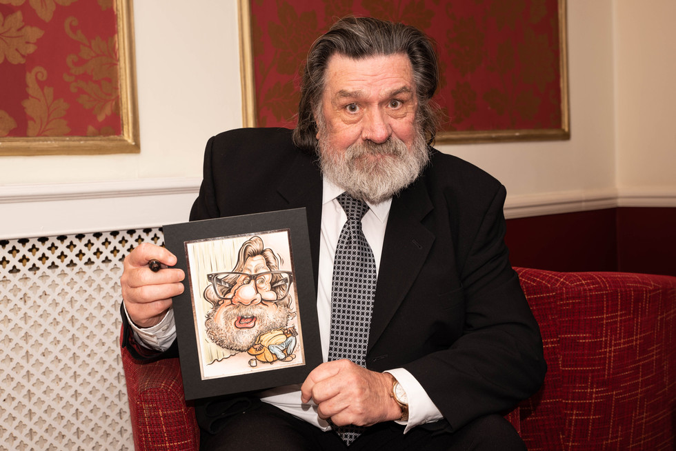 aitch-and-aitch-bee-a-right-royle-christmas-with-ricky-tomlinson12.jpg
