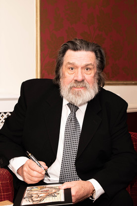 aitch-and-aitch-bee-a-right-royle-christmas-with-ricky-tomlinson11.jpg