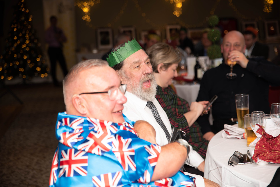 aitch-and-aitch-bee-a-right-royle-christmas-with-ricky-tomlinson124.jpg