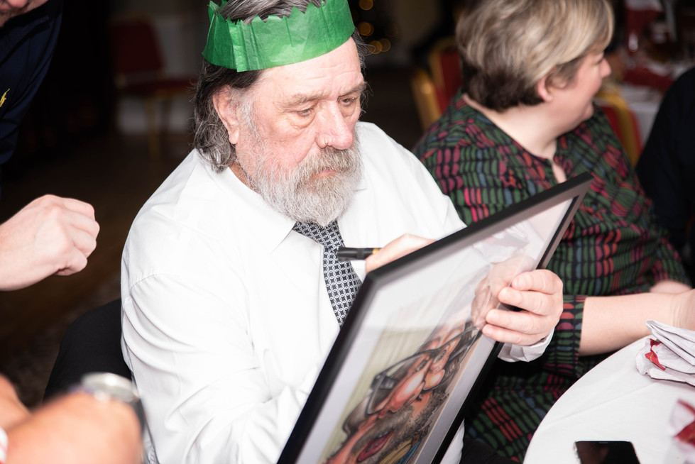 aitch-and-aitch-bee-a-right-royle-christmas-with-ricky-tomlinson129.jpg