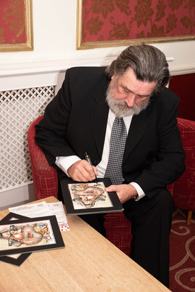 aitch-and-aitch-bee-a-right-royle-christmas-with-ricky-tomlinson10.jpg