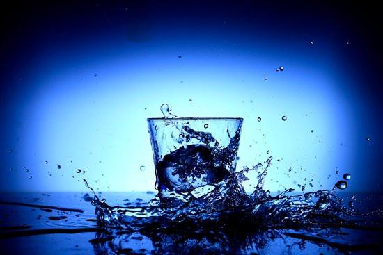 Ar vanduo padeda metant svorį?