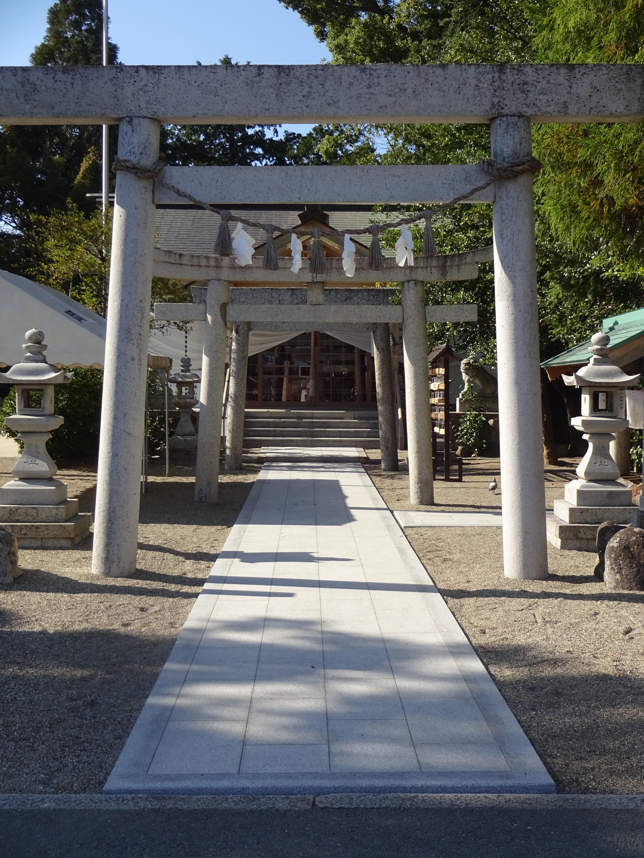 参道 松阪市 花岡神社