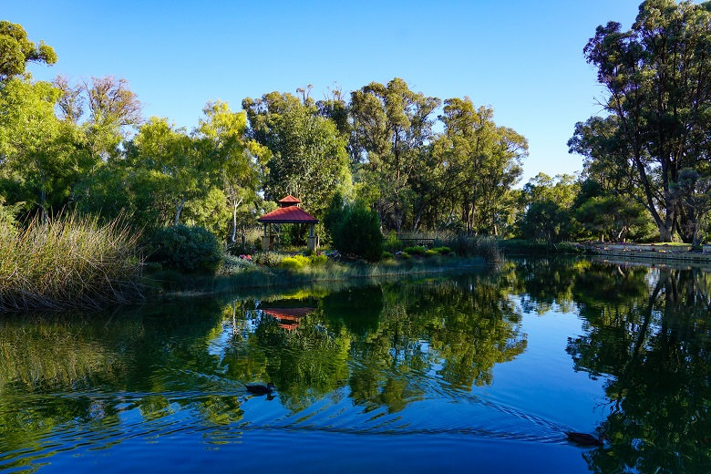 Pinnaroo Valley Memorial Park - Western Australia 02