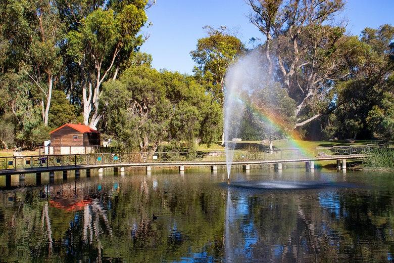 Pinnaroo Valley Memorial Park - Western Australia 04
