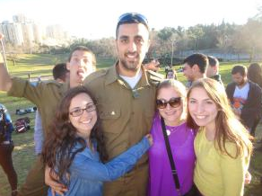 HOW UD HILLEL HAS SHAPED MY COLLEGE EXPERIENCE