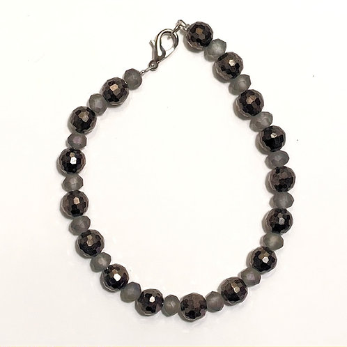 Gray and Black Glass Beads Bracelet