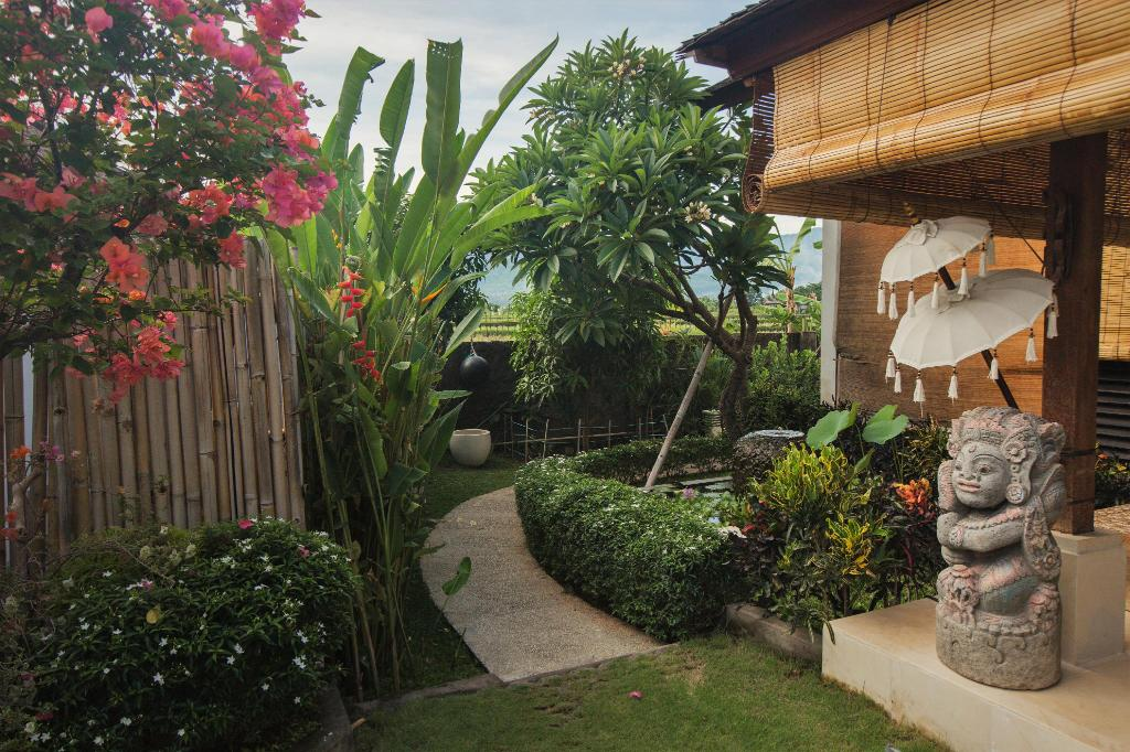Bali Mayo Resort Entrance