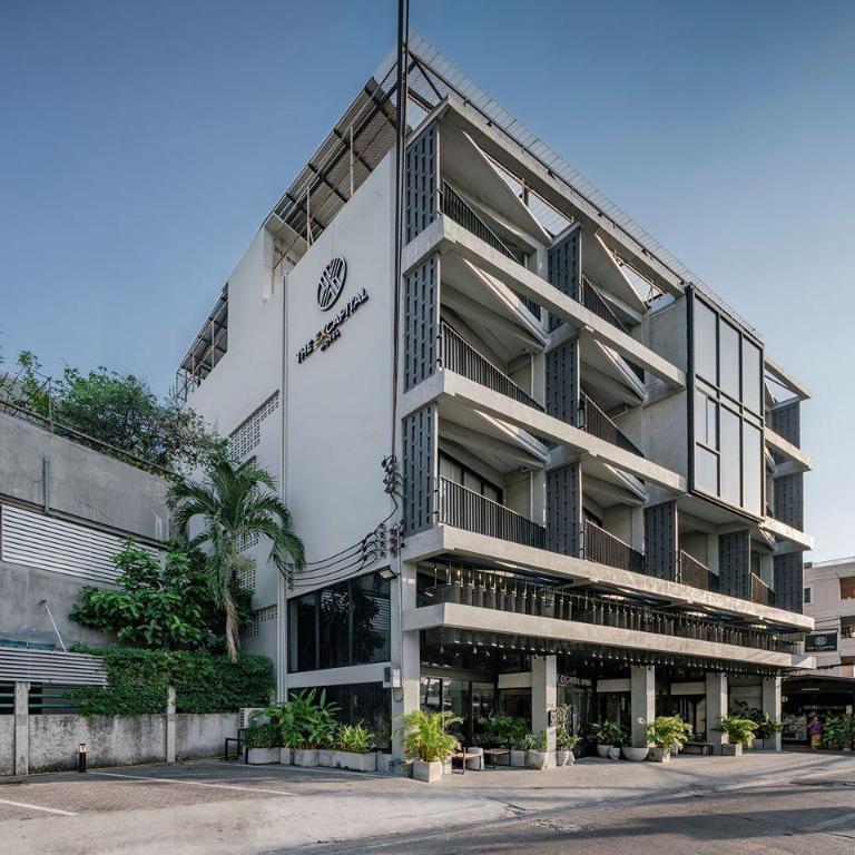 BKK Ex Capital Exterior