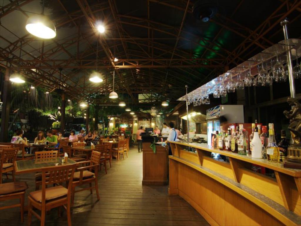 Golden Beach Hotel Pattaya Restaurant