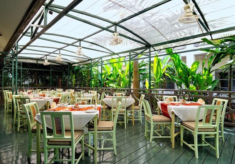 LPQ Villa Maly Restaurant