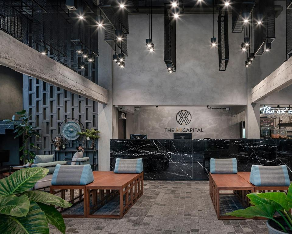 BKK Ex Capital Lobby 2