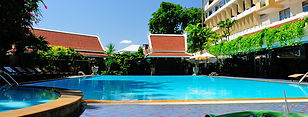 Golden Beach Hotel Pattaya.jpg