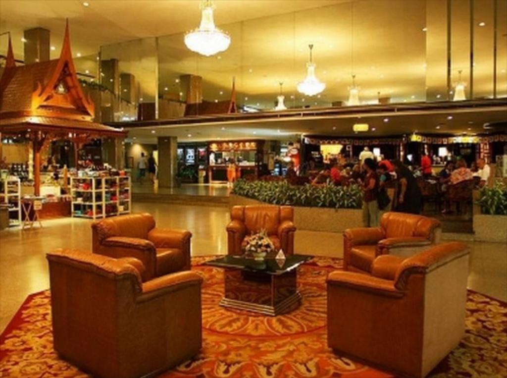 BKK Asia Hotel Lobby Lounge