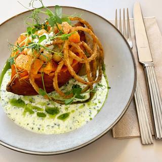 Plat du jour: patate douce, pois chiche et yoghurt aux herbes