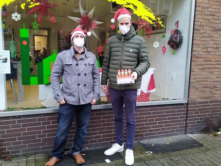 Vorweihnachtliche Verteilaktion in Hillerheide