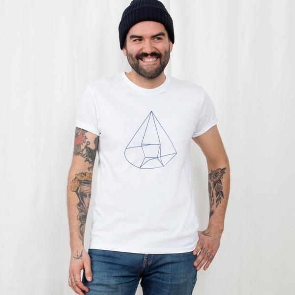 tshirt_myself_portraet_white_model_1_edi