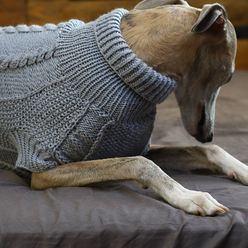Hand Knitted Pullover / Grey