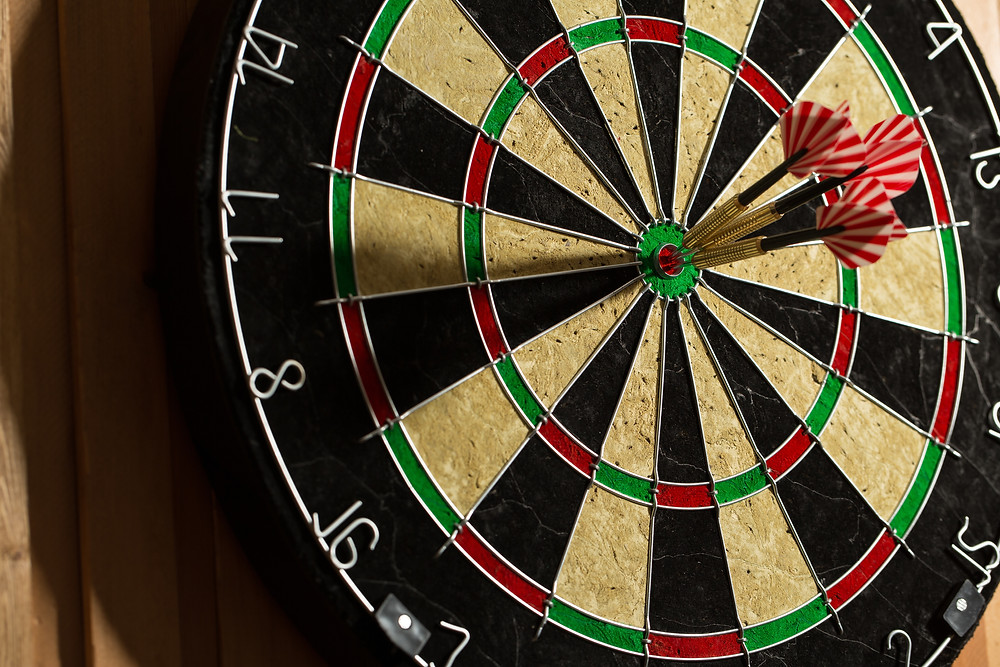 How to throw darts more accurately