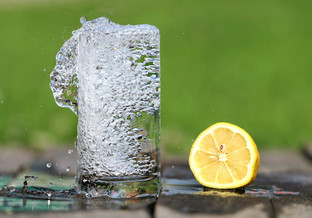 The Skinnythick Six: 6 Reasons to Drink Water