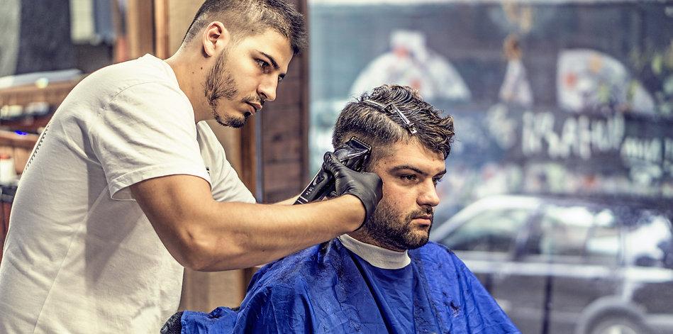 barber-barbershop-hair-stylist-163569.jp