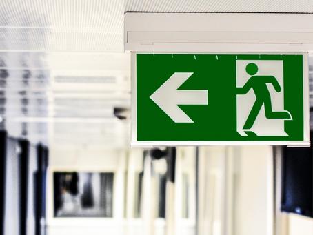 Como calcular saídas de emergência?
