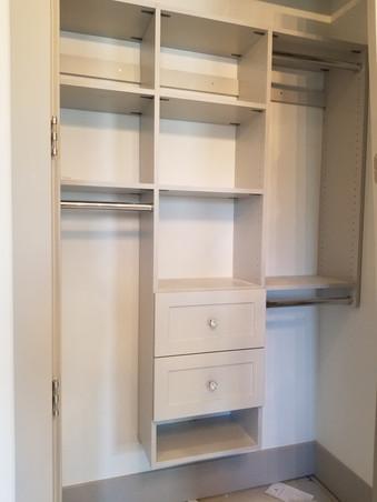 Regular closet