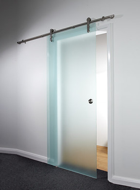 Barn door with 10mm sitan glass