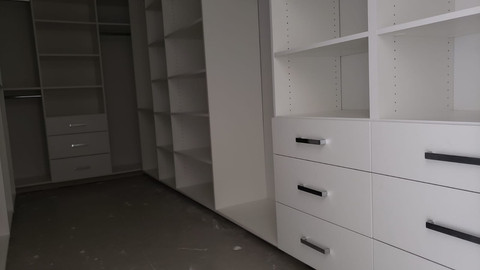 White Color Organizers