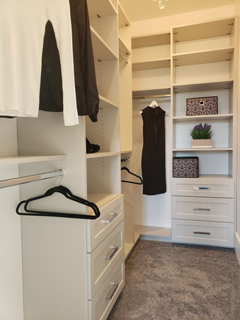 Long & Short Hinger With Drawers