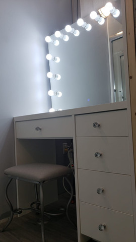 Makeup Desk With Mirror