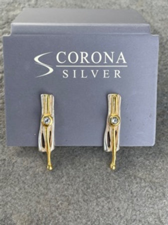 Sterling silver earrings,with white topaz.