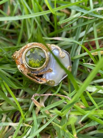Unique handmade sterling silver ring with 18k plated , Peridot,cultured pearl.
