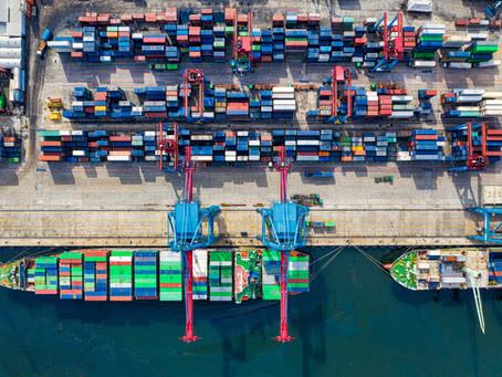 Escassez de contentores: uma assimetria global que está a minar o comércio internacional